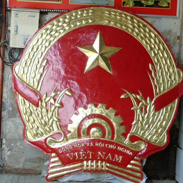 lắp đặt quốc huy bằng đồng tại hà nội
